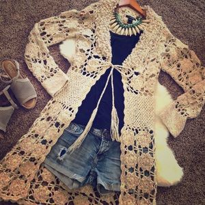 Dazzling 💕😌💕Crocheted Long Cardigan Sweater 💕
